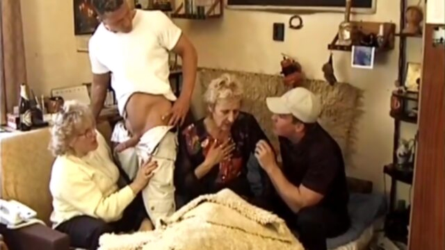 The start of my granny.. anal blonde double penetration