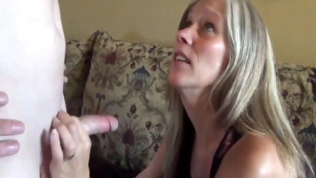 Sexy milf with saggy tits in.. amateur big tits milf