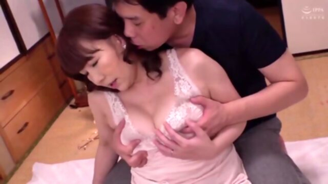 Hot japonese mother in law.. amateur japanese mature
