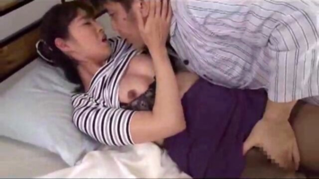 hot japonese mom and stepson R amateur japanese mature