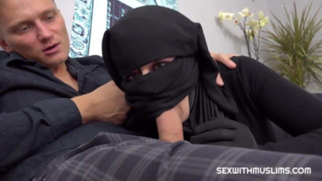 Little Elis Lonely Muslim.. arab cumshot hd
